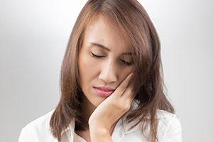 Болит десна после удаления зуба мудрости